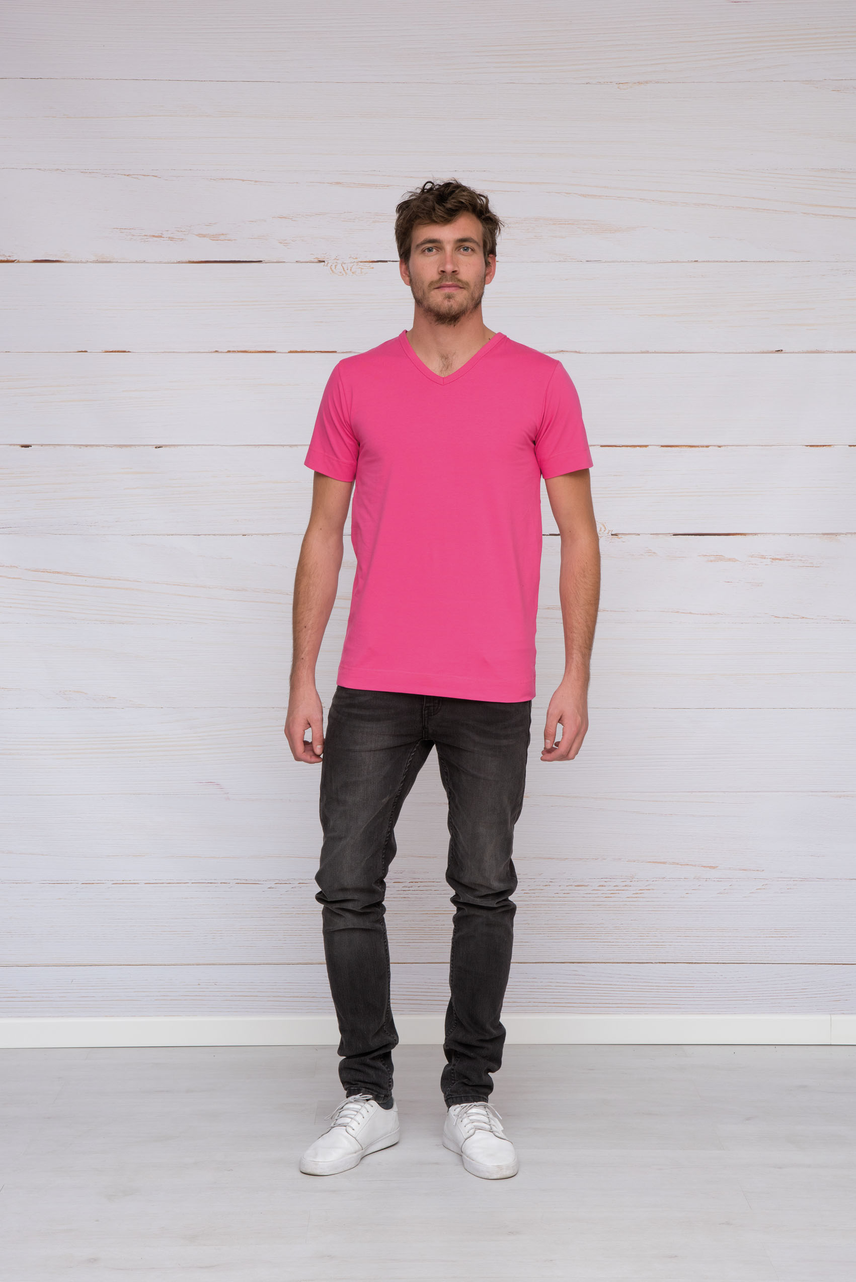 T-shirt V-neck cotton/elasthan for him